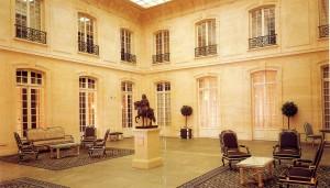 Paris-3 rue d'Antin L'orangerie dans l'Hôtel qui abrite le siège de Paribas