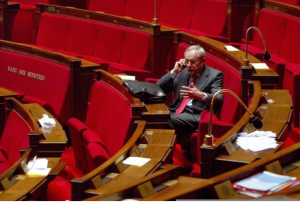 Jacques Barrot à l'Assemblée en 2003 (photo AFP-Verdy)