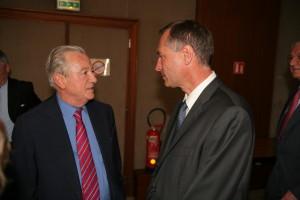 Philippe Massoni et Jean-Marie Bockel en juin 2008 pour l'inauguration du buste de Pierre Schwed