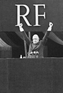 Le général de Gaulle,place de la République