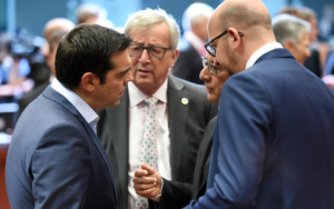 MM. Tsipras, Juncker, Hollande et Michel en conversation